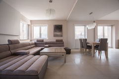 Spacious up-to-date living room Royalty Free Stock Images