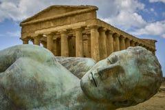 Spadać ikaro przed Concorde świątynią Sicily Obraz Royalty Free