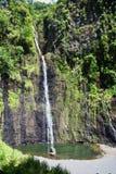 Spada kaskadą i spadki, Tahiti wyspa, Tahiti, Francuski Polynesia blisko do bor, fotografia stock