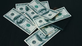 Spada pieniądze zakończenie zbiory wideo