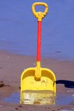 Spade op het strand Stock Foto