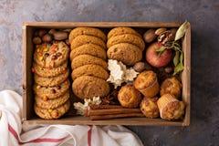 Spadków ciastka w pudełku Zdjęcia Royalty Free
