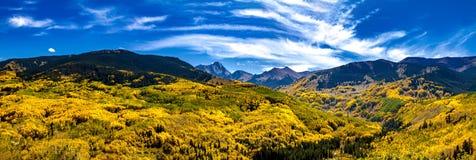 Spadków kolory w Kolorado górach Obrazy Stock