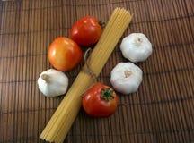 Spageti del pomodoro dell'aglio Immagine Stock Libera da Diritti
