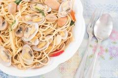 Spagetthi тайского стиля пряное с clams Стоковая Фотография