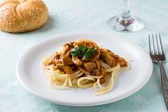 Spagetti гриба Champignon Стоковые Изображения RF