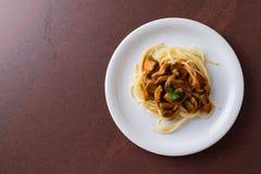 Spagetti гриба Champignon Стоковая Фотография RF