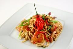 Spagetti avec des crevettes Image libre de droits