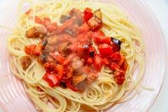 Spagetti med grönsaker Royaltyfri Foto