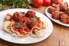 Spagetti med köttbullar fotografering för bildbyråer