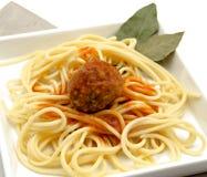 Spagetti med Meatballs royaltyfri fotografi