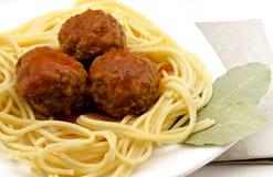 Spagetti med Meatballs arkivbilder