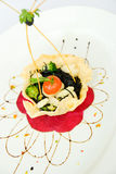 Spagetti med tioarmad bläckfiskfärgpulver Fotografering för Bildbyråer