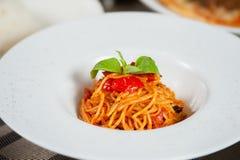 Spagetti med tomater Royaltyfria Foton