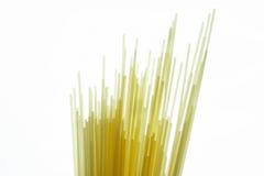 Spagetti no fundo branco. Fotografia de Stock
