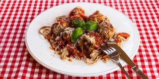 Spagetti och köttbullar royaltyfria bilder