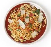 Spagetti och kikärtar från över Royaltyfri Bild