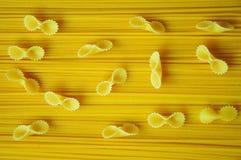 Spagetti och macaroni Fotografering för Bildbyråer