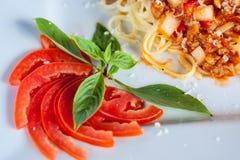 Spagetti- och tomatsås Arkivfoton