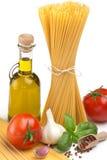 Spagetti, olja och grönsaker Arkivfoto