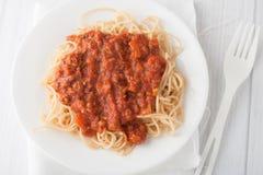 Spagetti pasta med kötttomatsås Arkivfoton