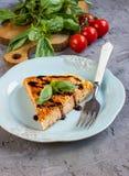 Spagettifrittata med ägg och ost Fotografering för Bildbyråer