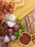 Spagheti en Deegwaren Stilllife Stock Afbeeldingen
