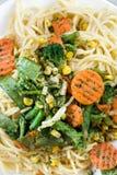 Spagheti mit Gemüse Lizenzfreie Stockbilder