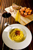 Spaghetti alla carbonara. Traditional recipe with pasta, egg and bacon Royalty Free Stock Photos