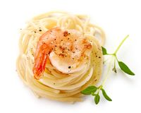 Spaghetti And Fried Prawn Royalty Free Stock Photos
