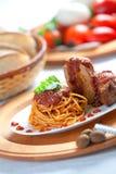 Spaghetti avec de la sauce à Neaplolitan Ragu Photographie stock libre de droits