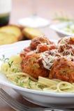 Spaghetti avec des boulettes de viande de dinde Photo libre de droits