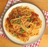 Spaghetti avec la tomate Ragu Image libre de droits