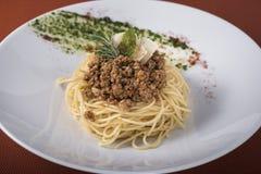 Spaghetti bolognese met parmezaanse kaas 2 Stock Foto