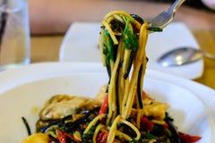 Spaghetti caldi e piccanti tailandesi dei frutti di mare Fotografie Stock Libere da Diritti