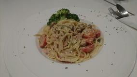 Spaghetti Carbonara con Cherry Tomatoes immagini stock