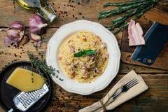 Spaghetti Carbonara E O royalty-vrije stock afbeeldingen