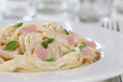 Spaghetti Carbonara noodles pasta meal with ham Stock Photography