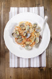 Spaghetti with clams and tomato sauce Royalty Free Stock Photos