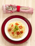 Pasta with fresh tomatoes Royalty Free Stock Photos