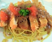 Spaghetti con fritto Fotografia Stock Libera da Diritti