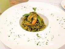 Spaghetti con gambero fotografia stock