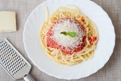 Spaghetti con la salsa del tomatoe Fotografia Stock