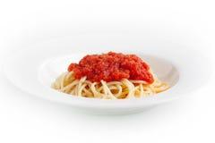 Spaghetti con la salsa di pomodori fotografie stock libere da diritti