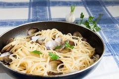 Spaghetti con le vongole fotografia stock libera da diritti