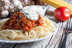 Spaghetti con salsa al pomodoro Immagini Stock