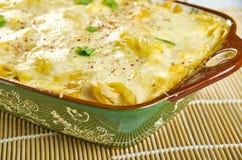 Spaghetti crémeux et de fromage de poulet photo stock