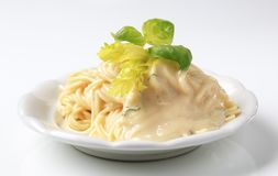 Spaghetti with creamy sauce Royalty Free Stock Photography