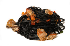 Spaghetti with cuttlefish ink Royalty Free Stock Photography