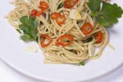 Spaghetti czosnek, gorący pieprz, oliwa z oliwek, spaghetti aglio, olio, Obrazy Royalty Free